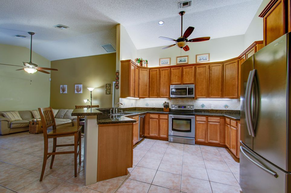 13826 Staimford Drive Wellington, FL 33414 small photo 8