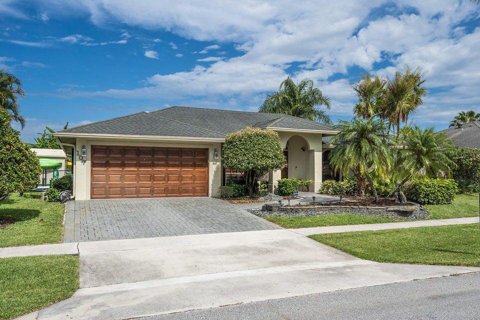 107 Meadow Woode Drive Royal Palm Beach, FL 33411 photo 1