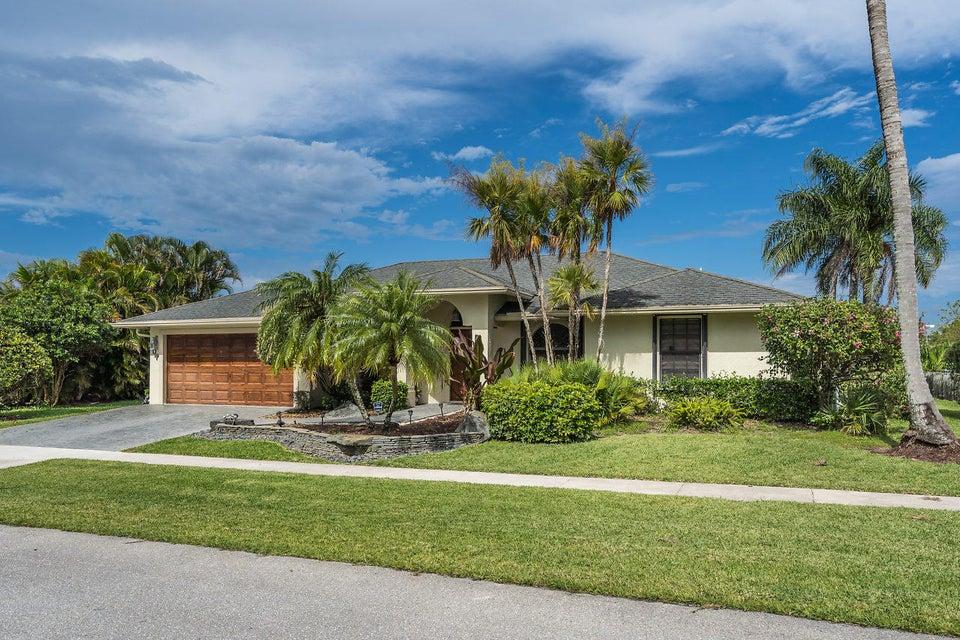 107 Meadow Woode Drive Royal Palm Beach, FL 33411 photo 3