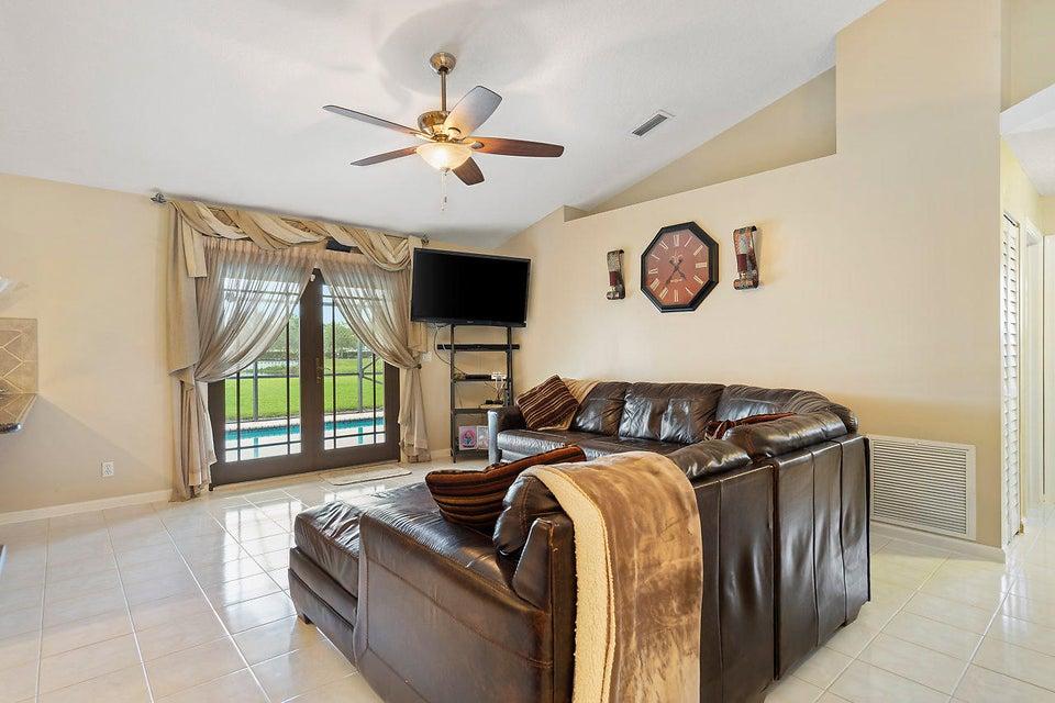 107 Meadow Woode Drive Royal Palm Beach, FL 33411 photo 14