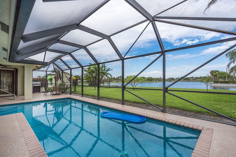 107 Meadow Woode Drive Royal Palm Beach, FL 33411 photo 25