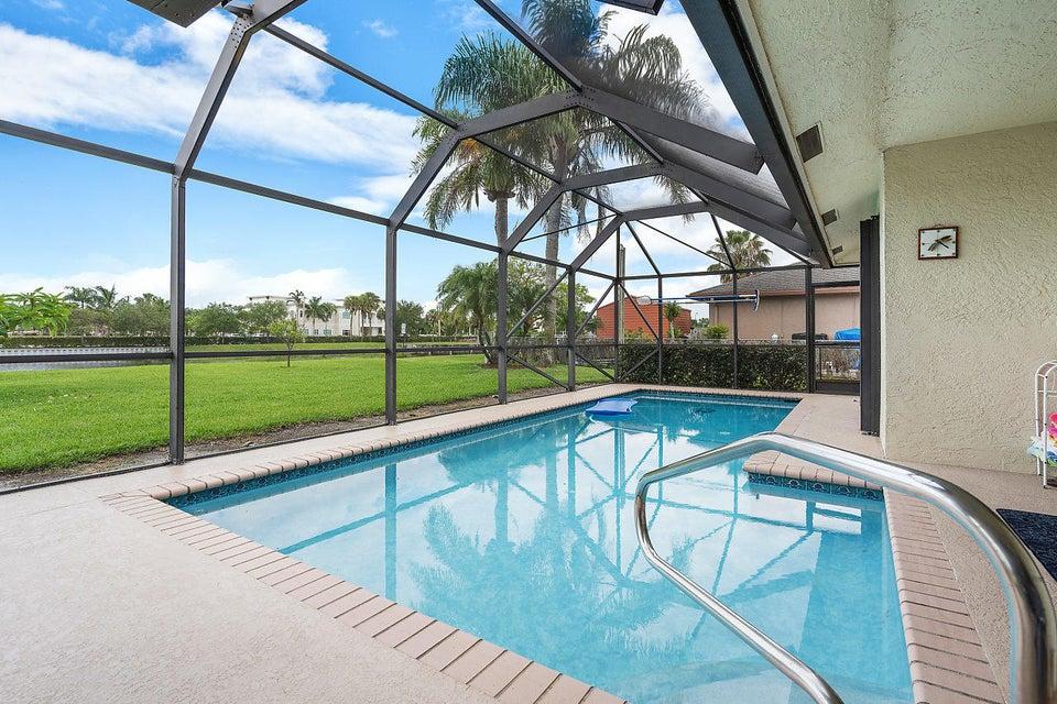 107 Meadow Woode Drive Royal Palm Beach, FL 33411 photo 32