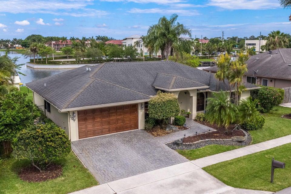 107 Meadow Woode Drive Royal Palm Beach, FL 33411 photo 35