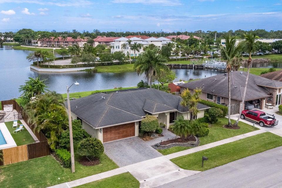 107 Meadow Woode Drive Royal Palm Beach, FL 33411 photo 36