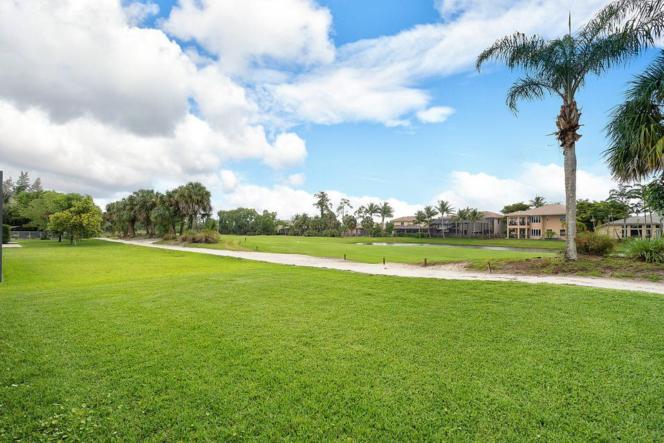 1424 Briar Oak Drive Royal Palm Beach, FL 33411 photo 22