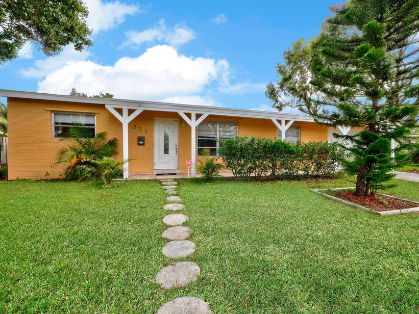 Home for sale in PALM SPRINGS VILLAGE 2 Lake Worth Florida