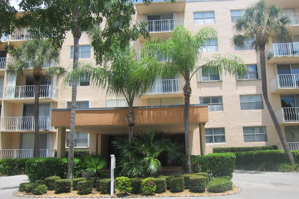 Home for sale in Breakwaters Condo West Palm Beach Florida