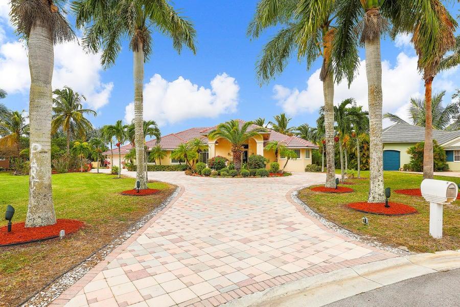 15595 Chandelle Place Wellington, FL 33414 photo 2