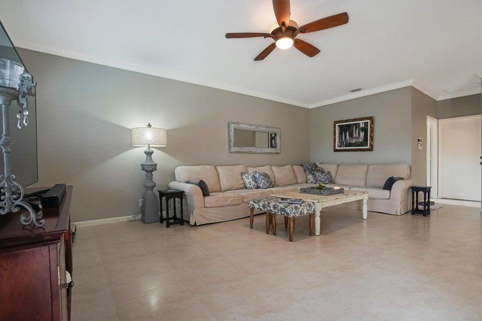 114 Nottingham Road Royal Palm Beach, FL 33411 photo 8