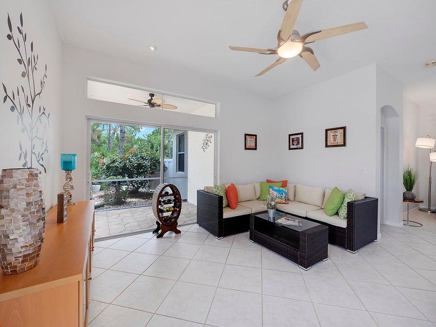 8866 San Andros West Palm Beach, FL 33411 photo 5