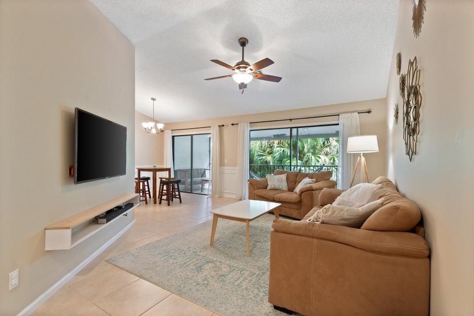 5650 Coach House Circle F  Boca Raton FL 33486