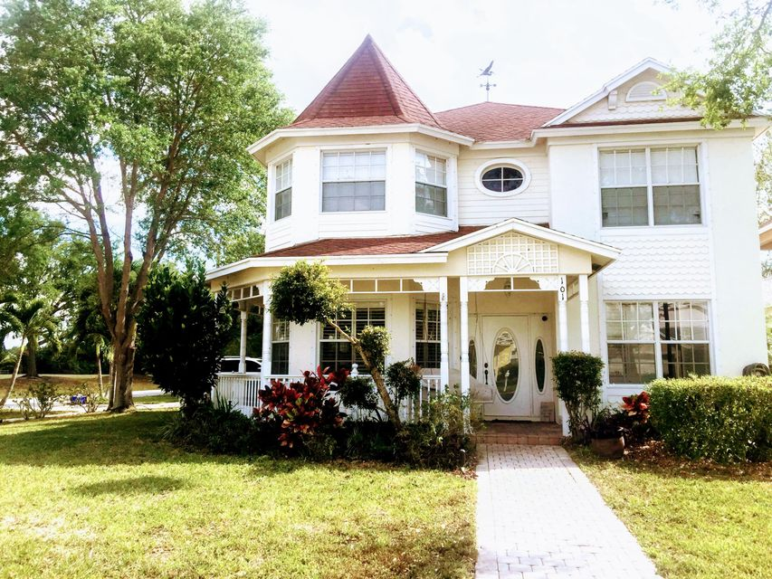 Home for sale in COUNTRY CLUB VILLAGE Royal Palm Beach Florida