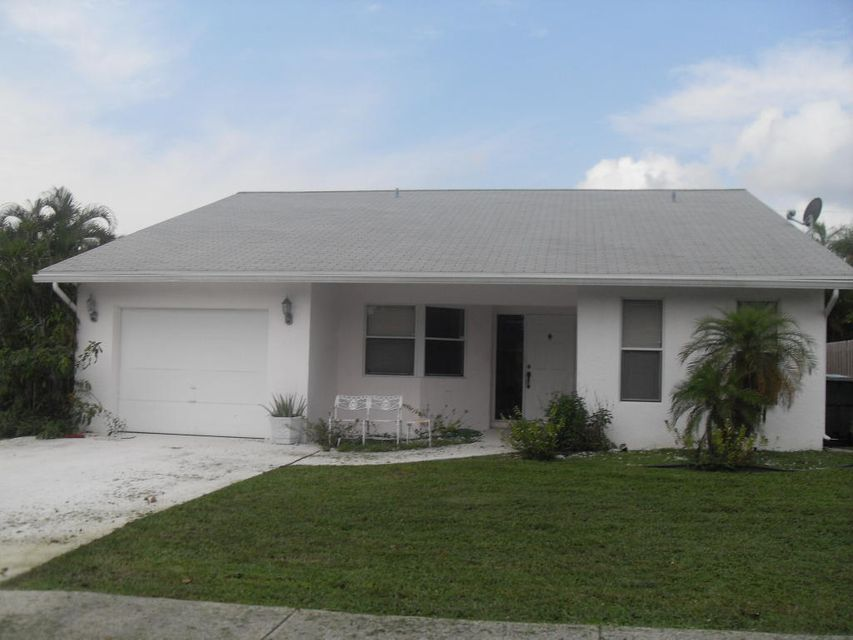 Home for sale in Caldwell Heights Boca Raton Florida