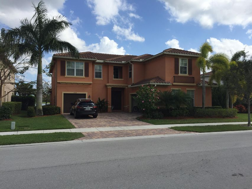 3448 Oakmont Estates Boulevard Wellington, FL 33414 photo 1
