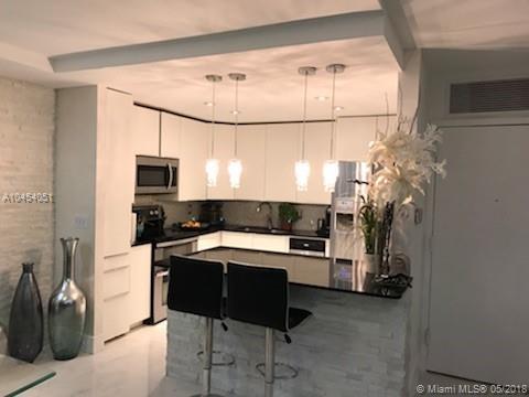 1037 Sw Whittier Terrace