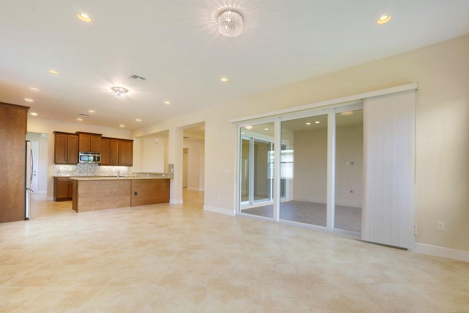 2944 Bellarosa Circle Royal Palm Beach, FL 33411 small photo 8