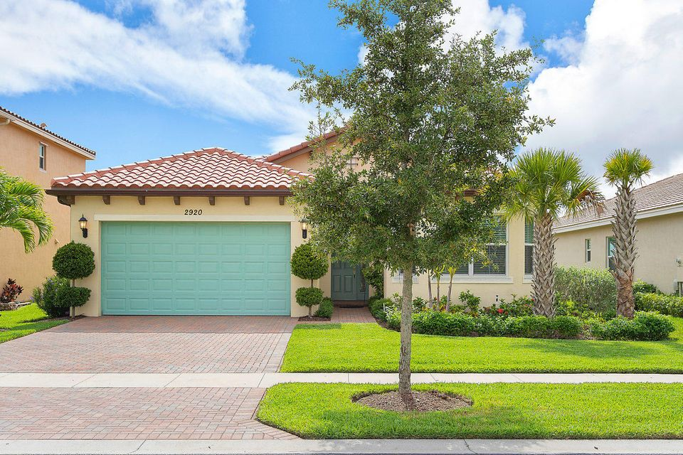 2920 Bellarosa Circle Royal Palm Beach, FL 33411 photo 2