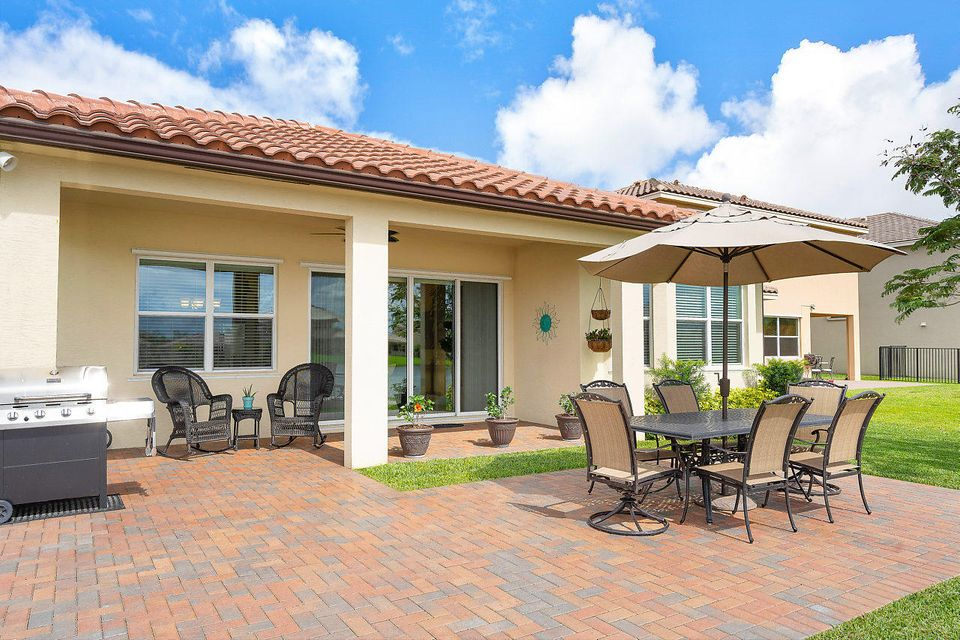 2920 Bellarosa Circle Royal Palm Beach, FL 33411 photo 26