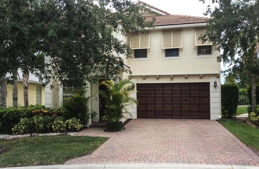 527 Mulberry Grove Road  Royal Palm Beach FL 33411
