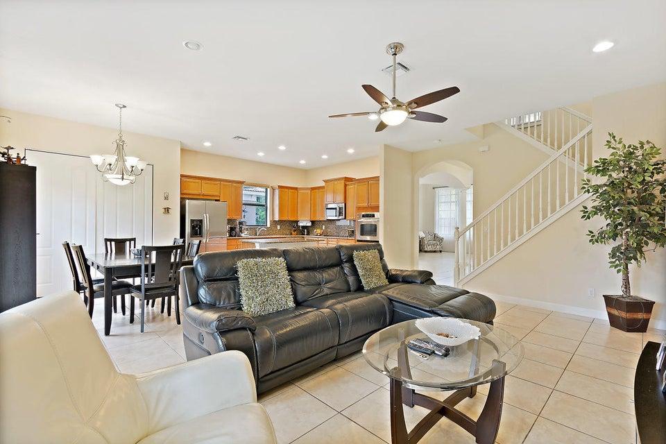 16100 Glencrest Avenue Delray Beach FL 33446 - photo 9