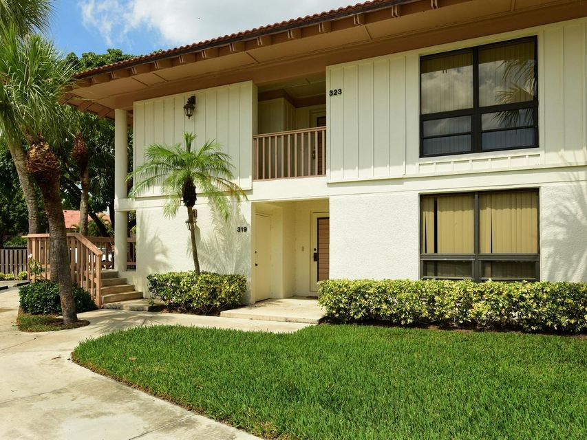 319 Brackenwood Circle , Palm Beach Gardens FL 33418 is listed for sale as MLS Listing RX-10433264 10 photos
