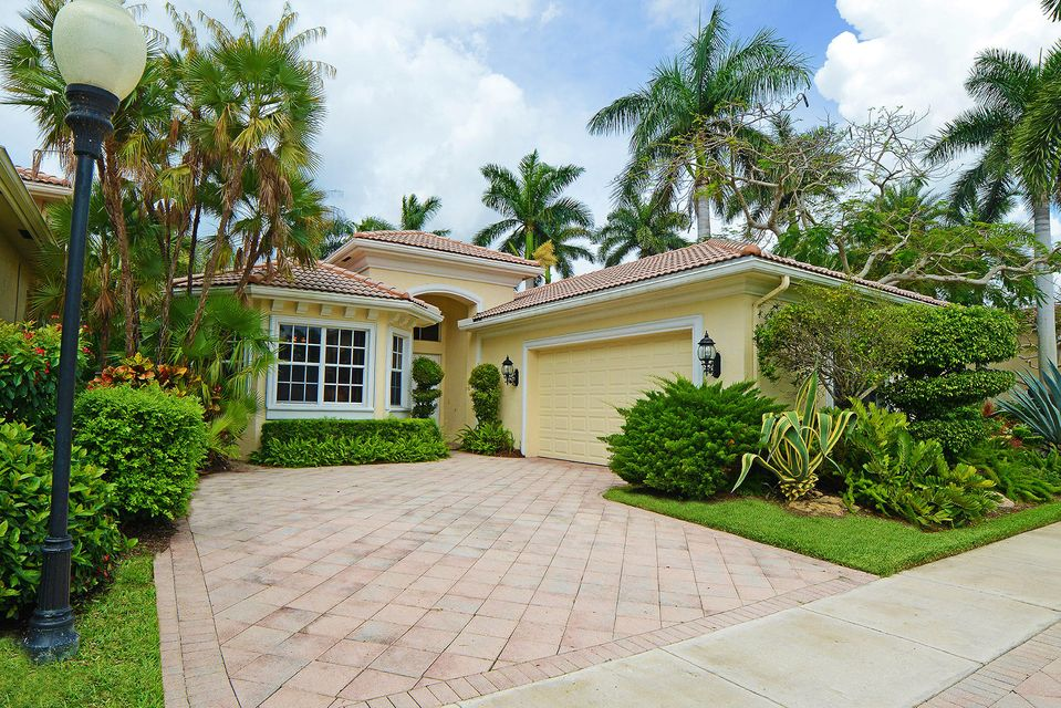 4075 NW Briarcliff Circle  Boca Raton FL 33496