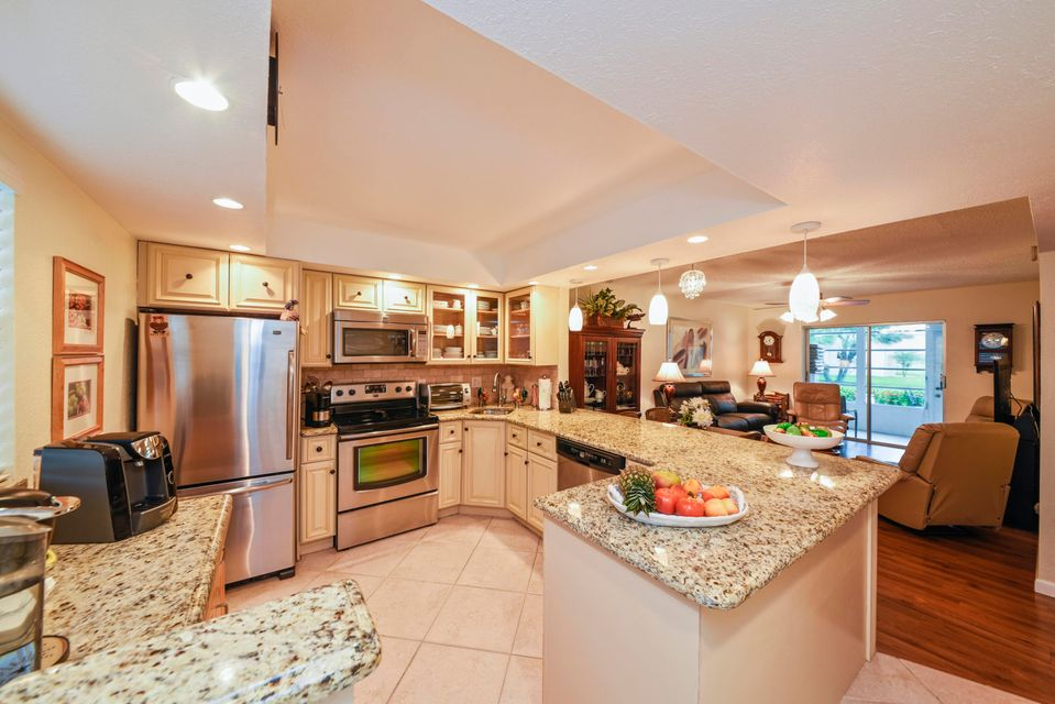 130 NE 26th Avenue, 106 - Boynton Beach, Florida