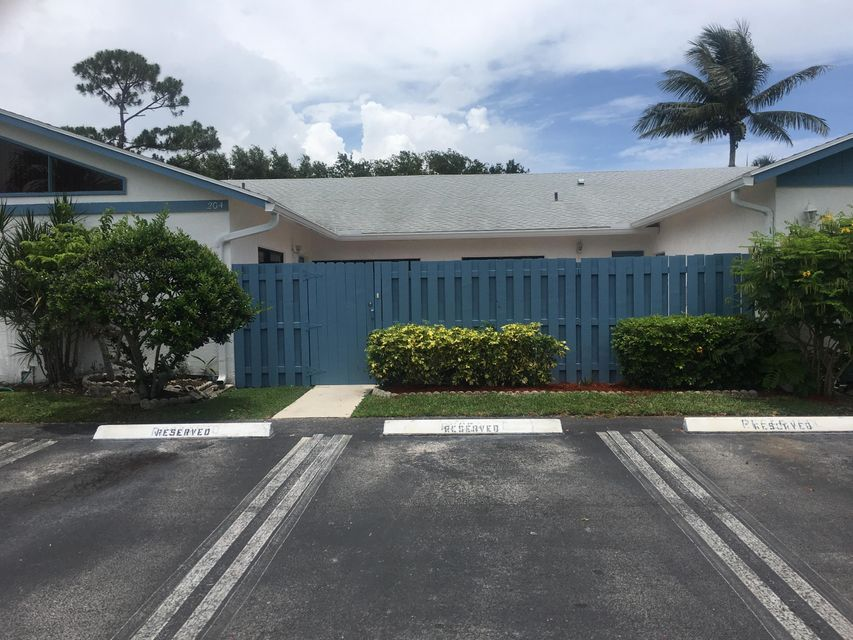 Home for sale in TIMBERLANE Greenacres Florida