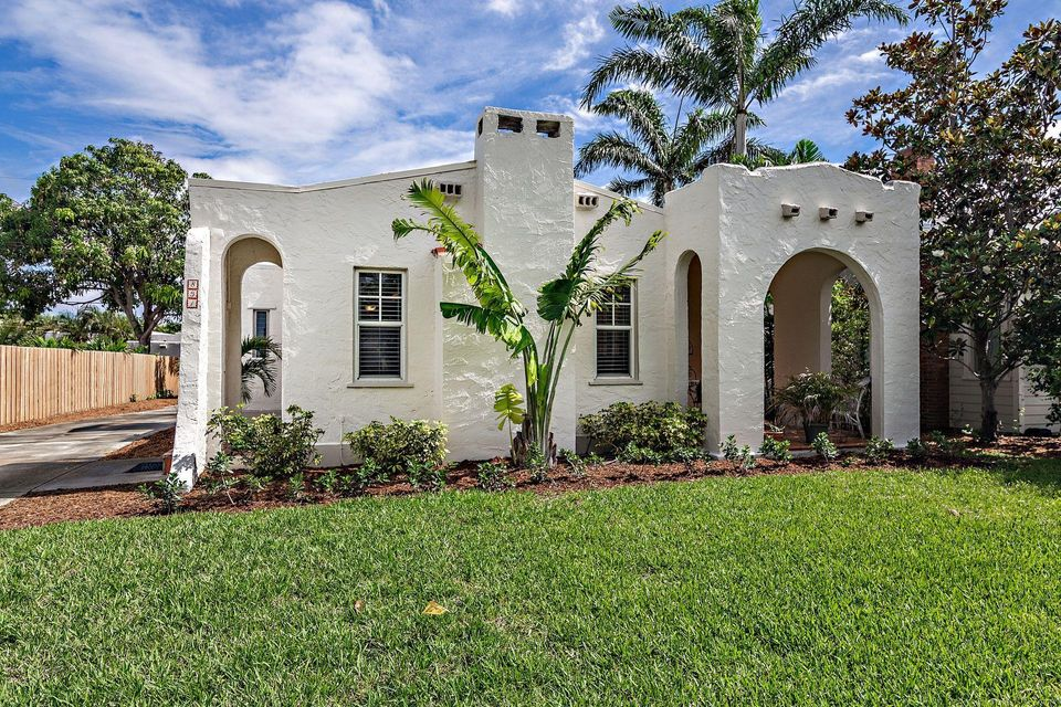 831 Claremore Drive  West Palm Beach, FL 33401