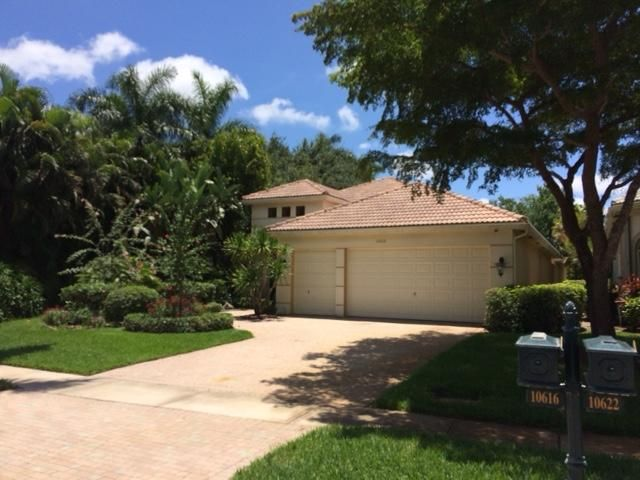 Home for sale in Wycliffe Country Club - Manchester Lakes Lake Worth Florida