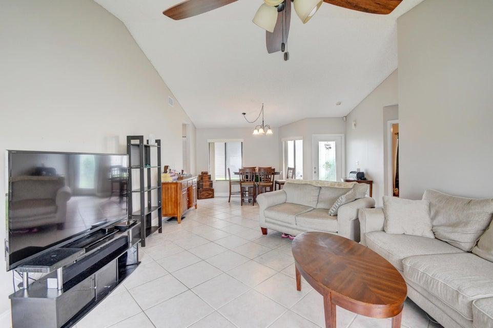 Rainberry Park 1 home on 9932  Pinellas Park Road