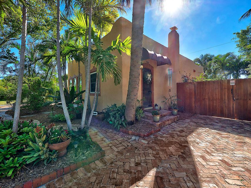 606 Upland Road West Palm Beach, FL 33401