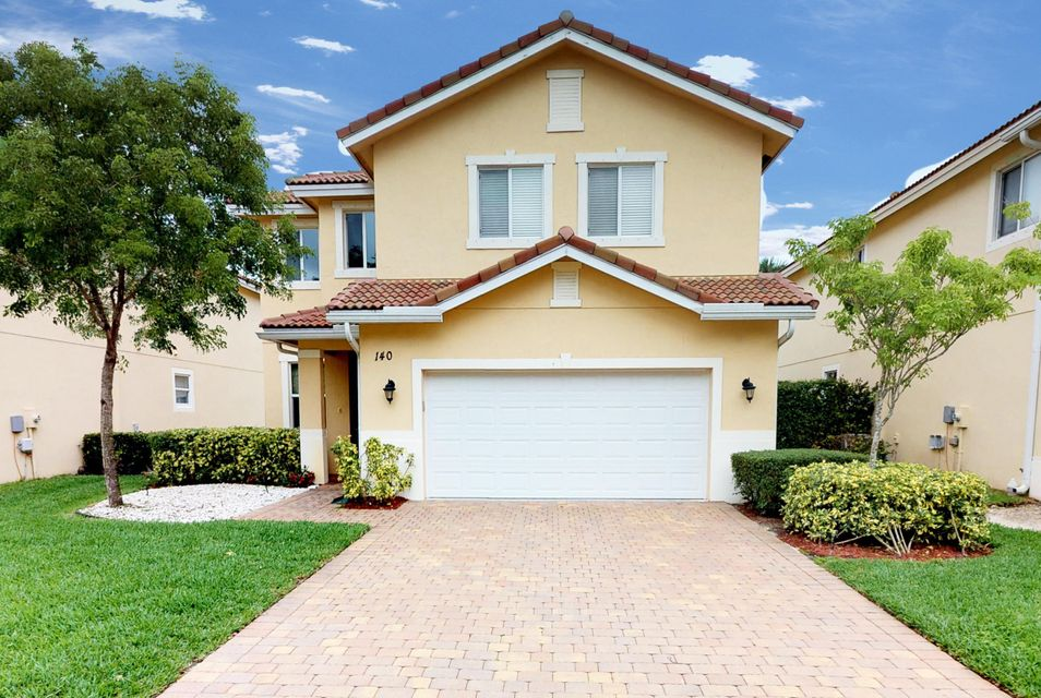 Home for sale in Pine Grove,river Bridge Greenacres Florida