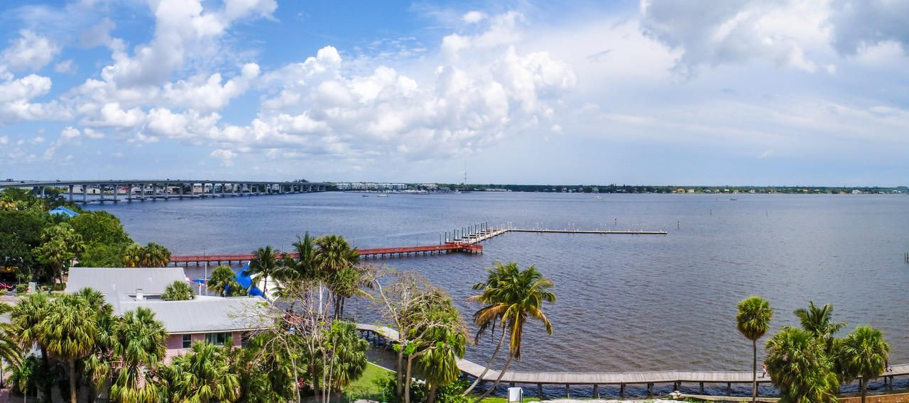 SEMINOLE BLUFF REAL ESTATE