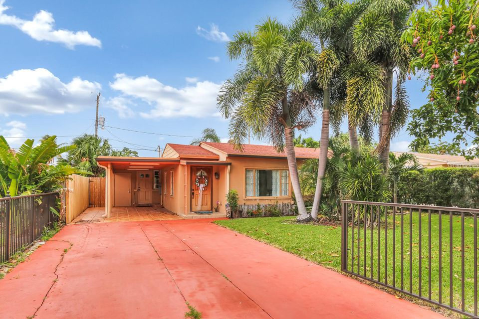 Home for sale in FAIRFAX PARK ADD West Palm Beach Florida