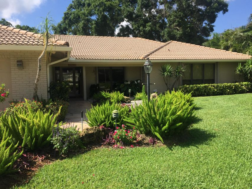 6190 Woodcutter Court , Palm Beach Gardens FL 33418 is listed for sale as MLS Listing RX-10434523 40 photos