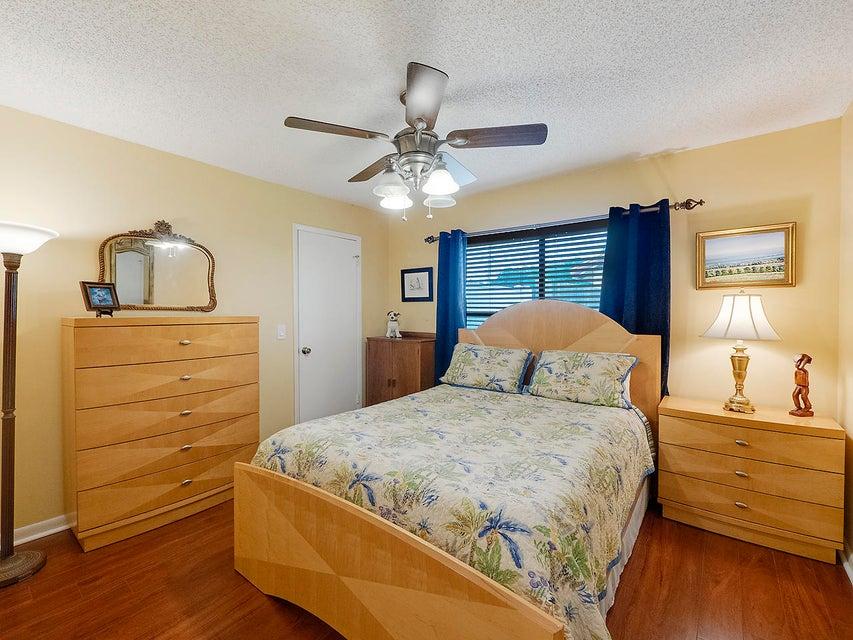 1710 Kelso Avenue Lake Worth, FL 33460 photo 12