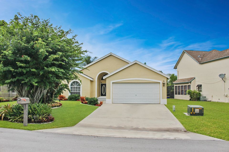 1557 Bayridge Place  Wellington, FL 33414