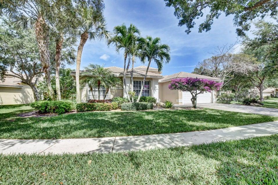 VALENCIA ISLES home 7352 Lahana Circle Boynton Beach FL 33437
