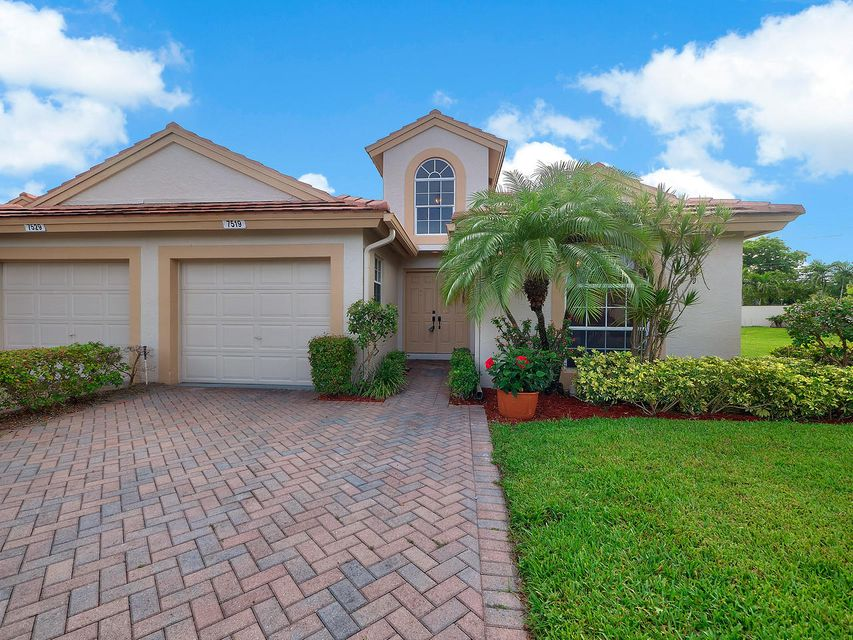 Home for sale in EMERALD POINTE 1 Delray Beach Florida