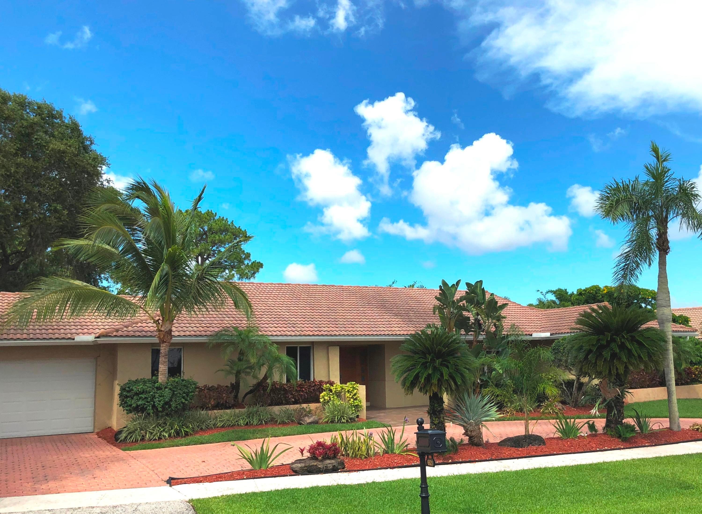 6921 S Grande Drive, Boca Raton in Palm Beach County, FL 33433 Home for Sale