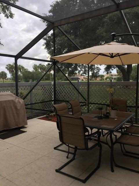 25 Bedford Court D Royal Palm Beach, FL 33411 photo 2