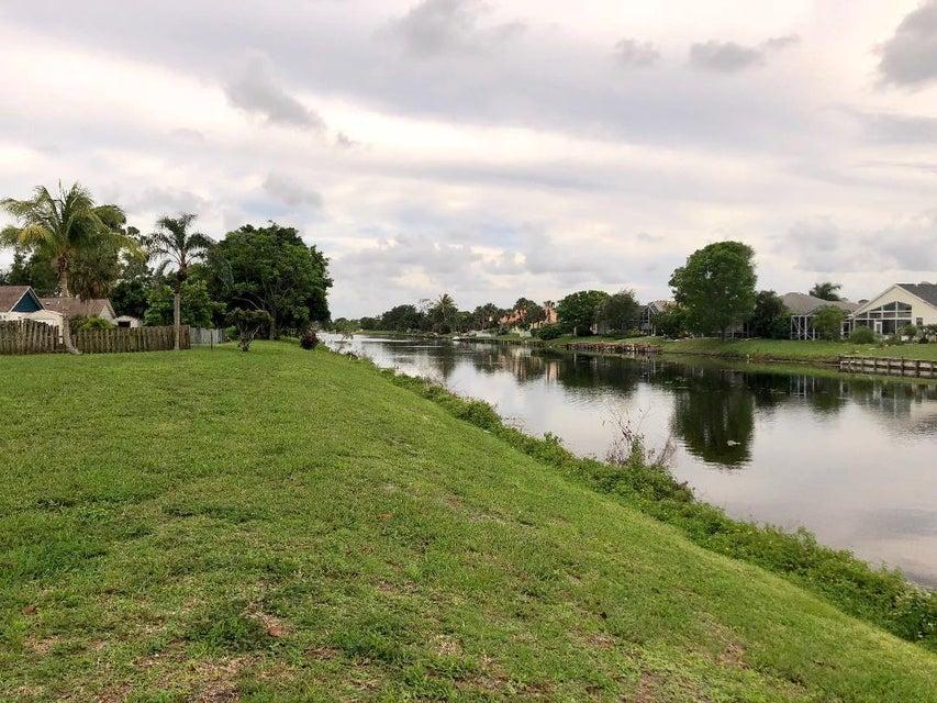 122 Parkwood Drive Royal Palm Beach, FL 33411 photo 18