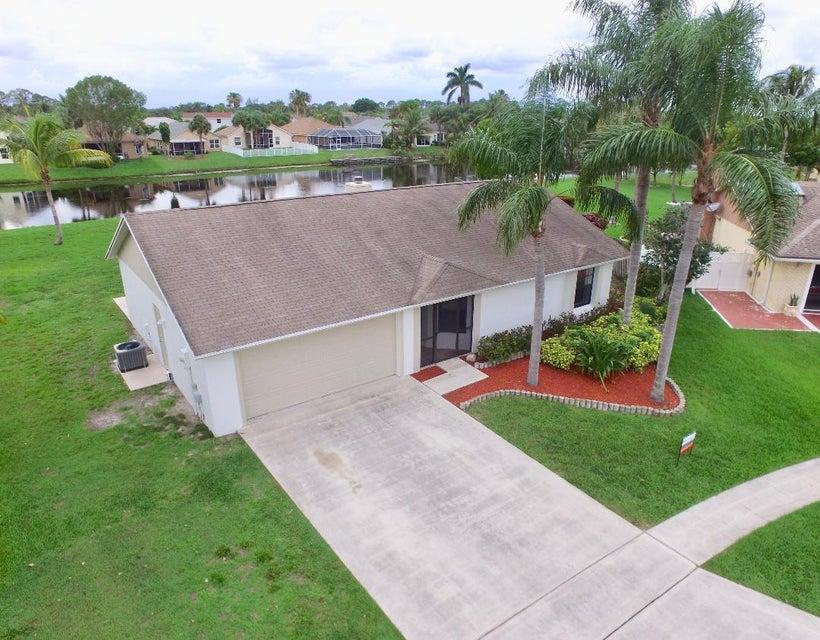 122 Parkwood Drive Royal Palm Beach, FL 33411 photo 14