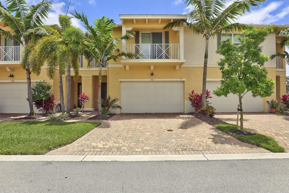 3116 Yorkshire Lane  Palm Beach Gardens FL 33418