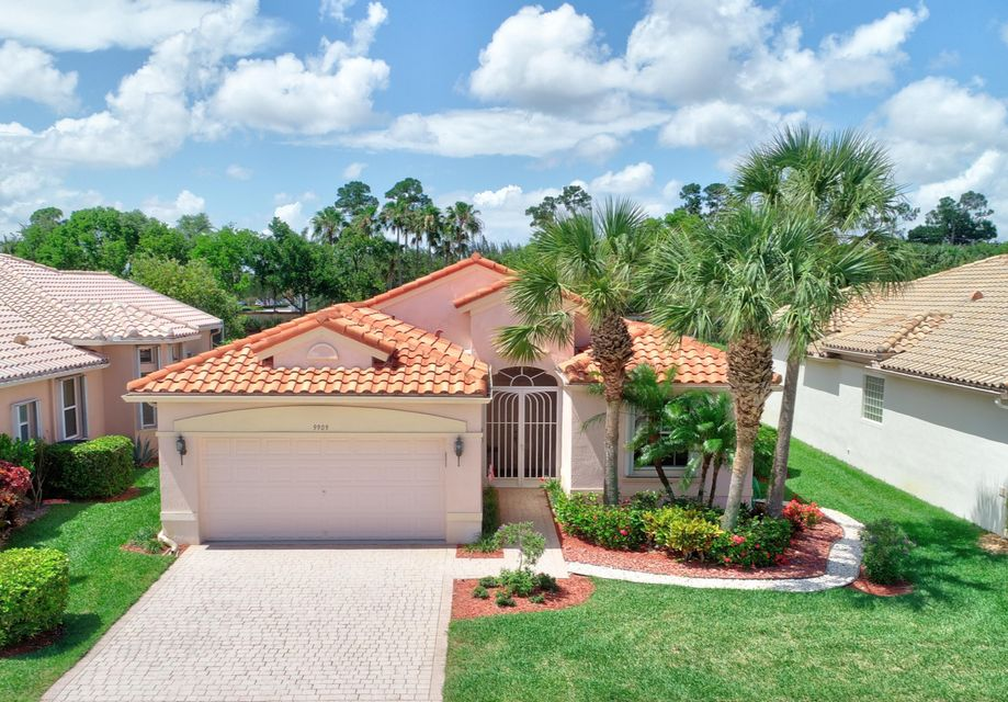 Bellaggio home 9909 Mantova Drive Lake Worth FL 33467