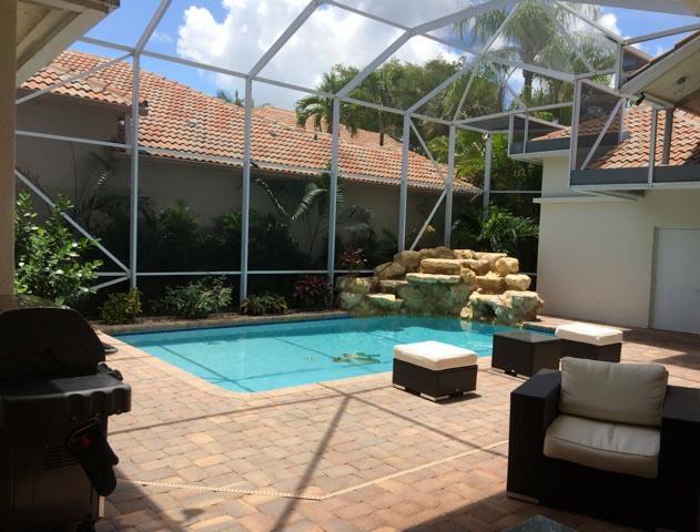 10822 Greenbriar Villa Drive  Wellington, FL 33449