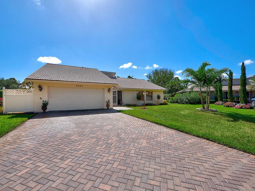 6164 Celadon Circle , Palm Beach Gardens FL 33418 is listed for sale as MLS Listing RX-10434441 13 photos