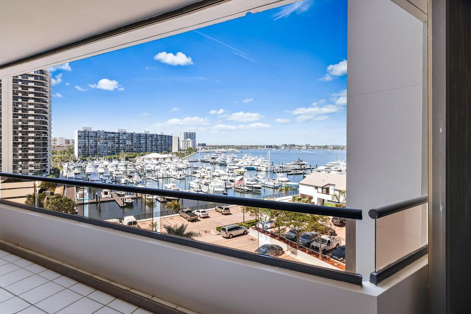 100 Lakeshore Drive 554,North Palm Beach,Florida 33408,2 Bedrooms Bedrooms,2.1 BathroomsBathrooms,A,Lakeshore,RX-10434467