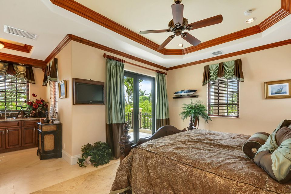 3018 NE 22nd Street , Fort Lauderdale FL 33305 is listed for sale as MLS Listing RX-10434631 photo #32